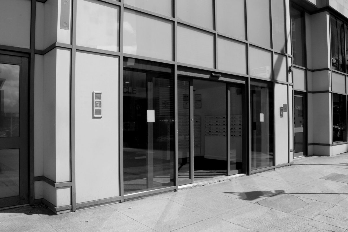 Entrance Access solutions offers a variety of manual and automatic doors products. We have experience in installing, maintaining and repairing systems such as swing doors, sliding doors, telescopic door and a whales range of both automatic and manual commercial door requirements.