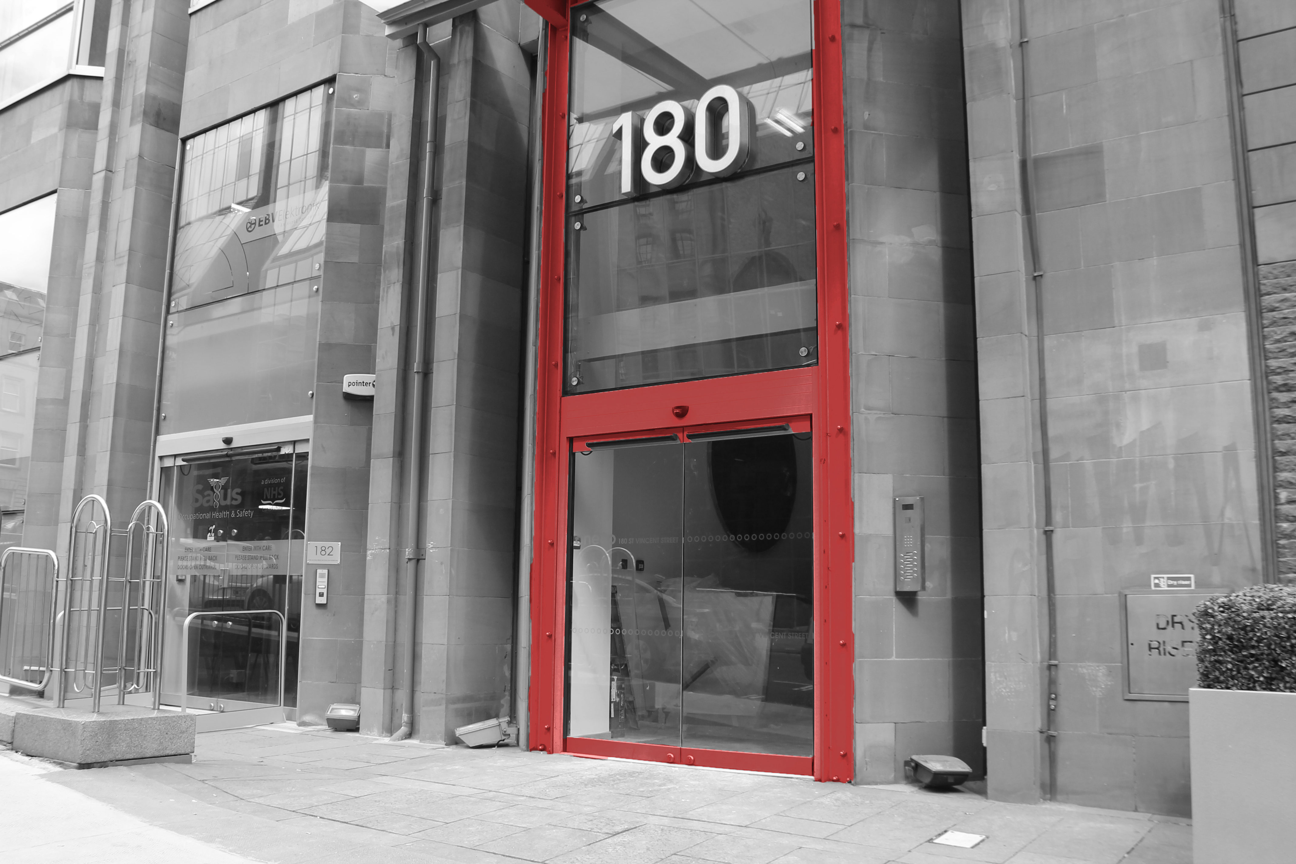 entrance-access-solutions-automatic-swing-doors