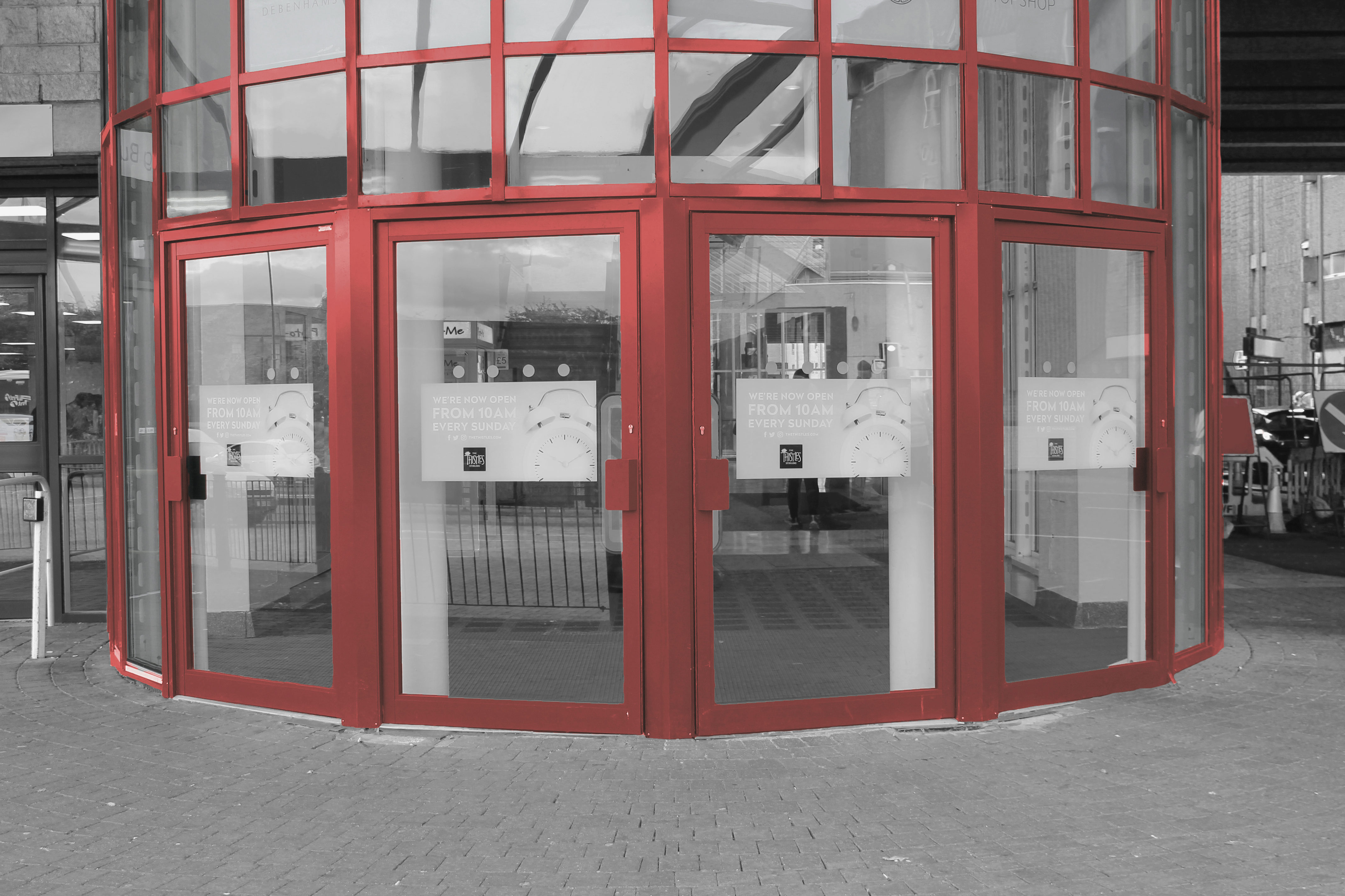 Aluminium shop front manual doors EAS